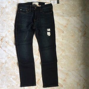 Abercrombie Boy Skinny Jean 11/12. SOFT